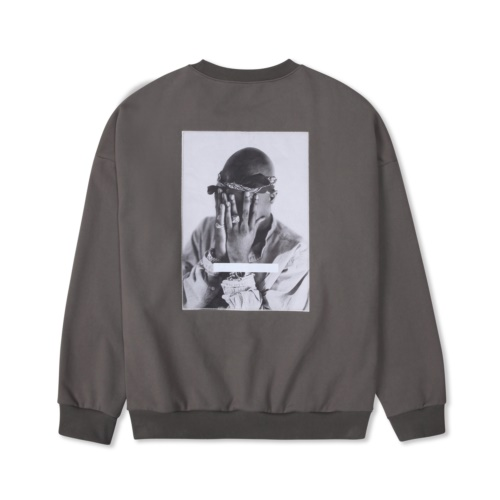 TUPAC ALL EYES ON ME SWEATSHIRT GREY